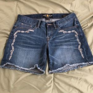 Lucky Brand Abbey Short frayed Shorts Size 4 / 27